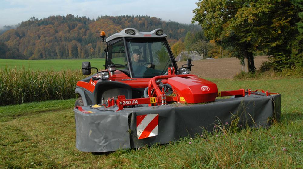 Aebi TT 206 mowing
