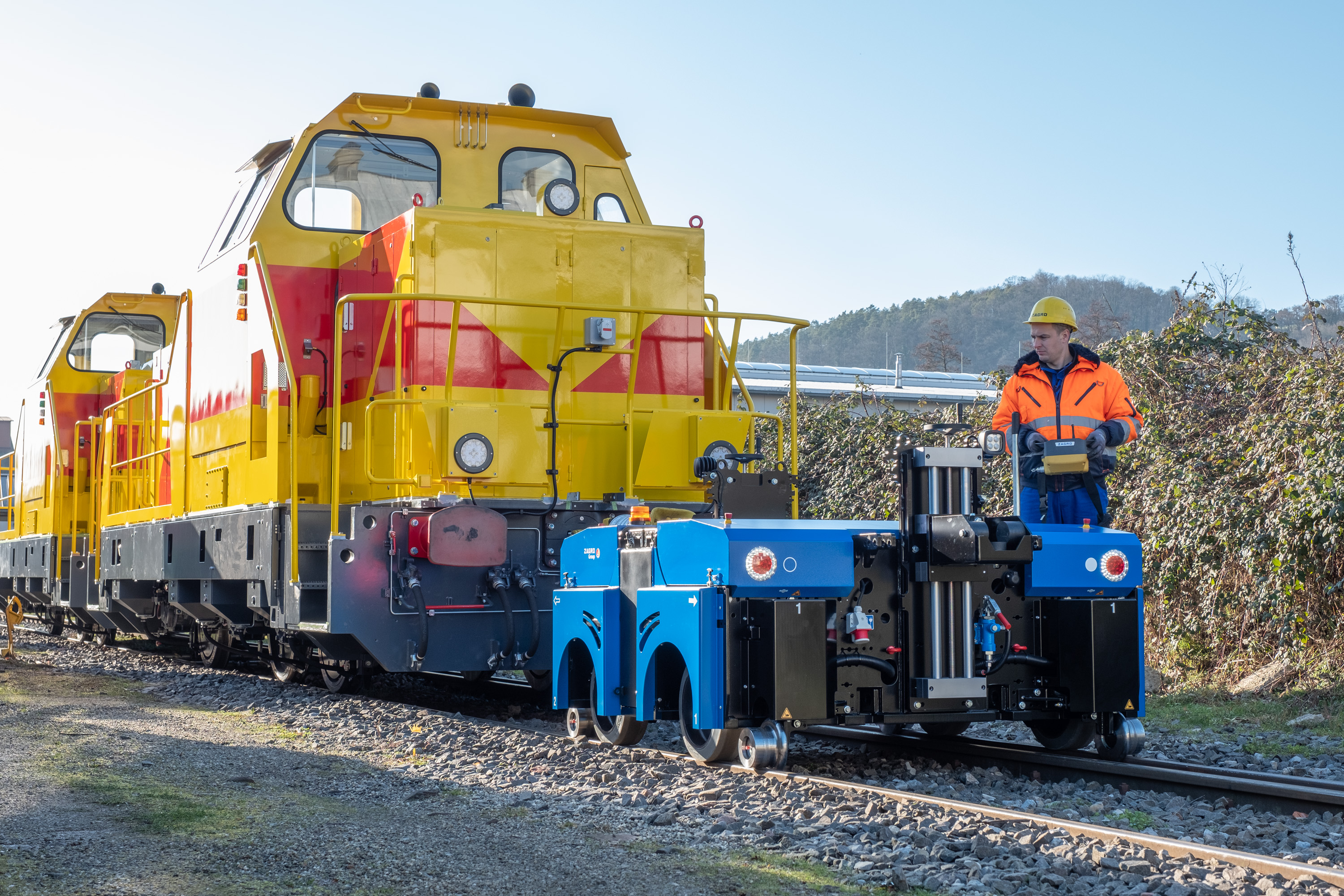 The ZAGRO E-MAXI range of electric and hybrid road rail shunters from South cave Tractors Ltd