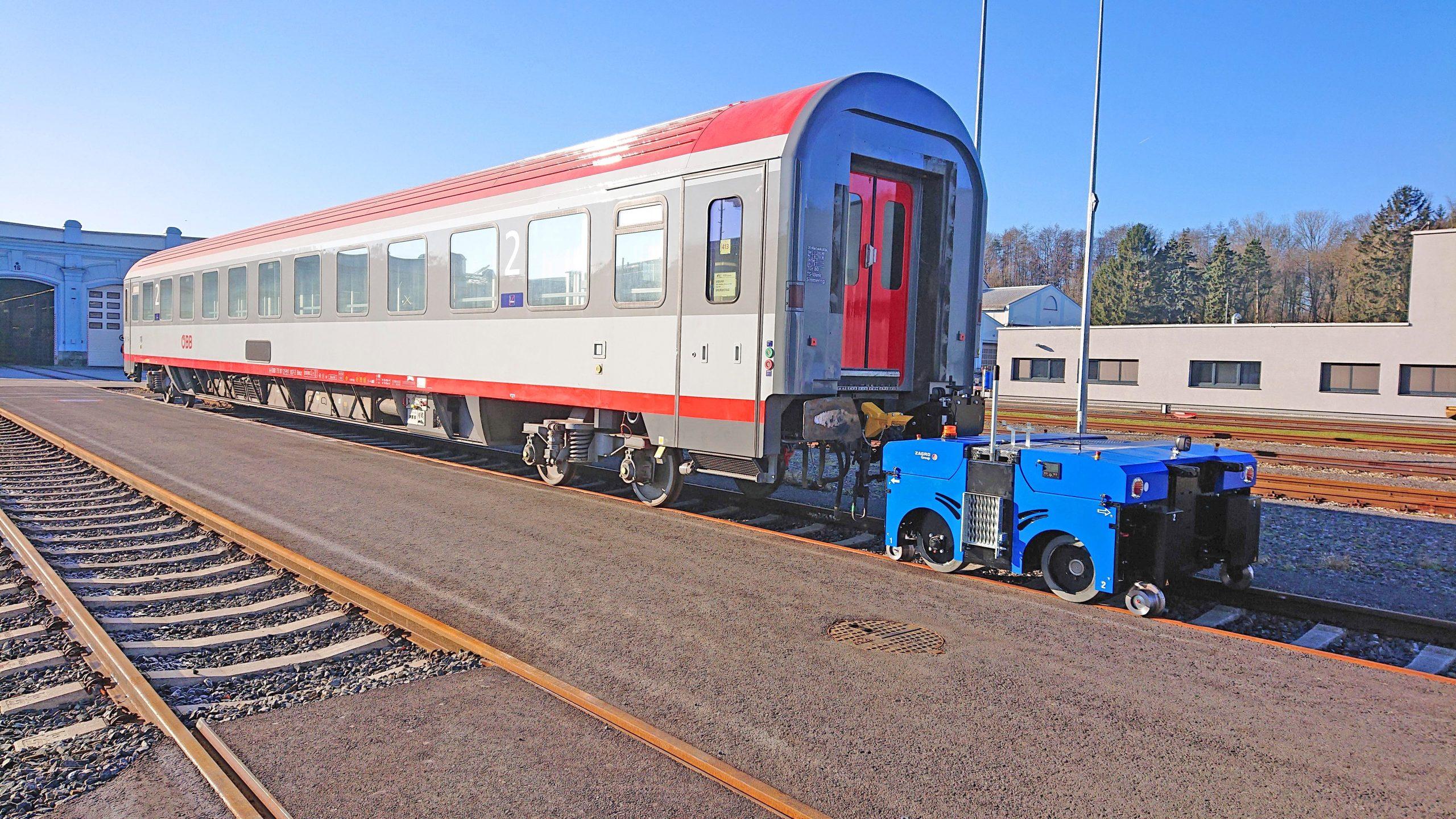 E-MAXI L Rail shunter