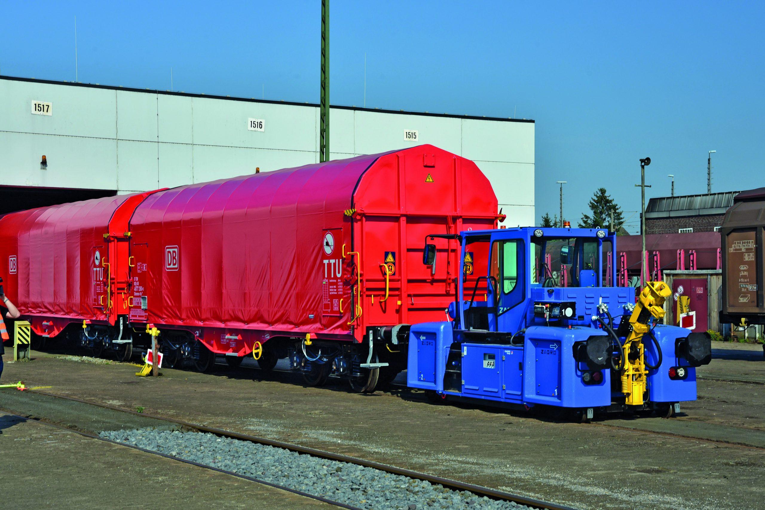 E-MAXI DB Cargo shunter